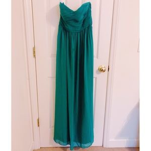 Donna Morgan Bridesmaid's / Formal Gown